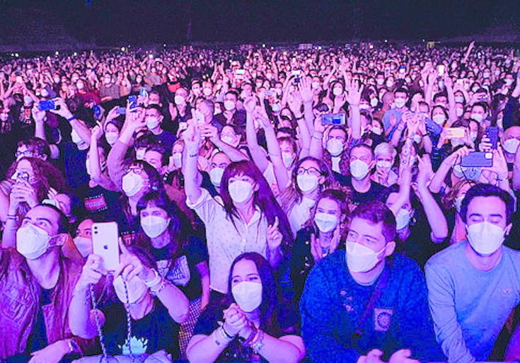 Test covid, nessun contagio nel concerto con 5mila spettatori