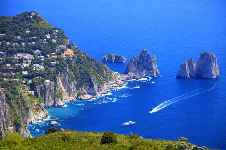 Turismo nelle isole covid-free, il piano che fa discutere