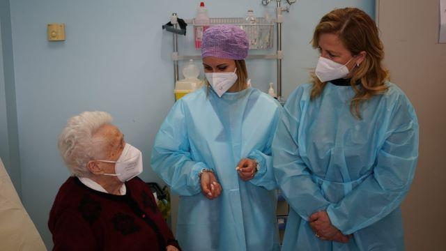 Covid-19, va a vaccinarsi a San Vito a 103 anni VIDEO