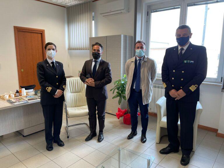 Giulianova, il direttore marittimo dell'Abruzzo Salvatore Minervino in visita alla Capitaneria di Porto