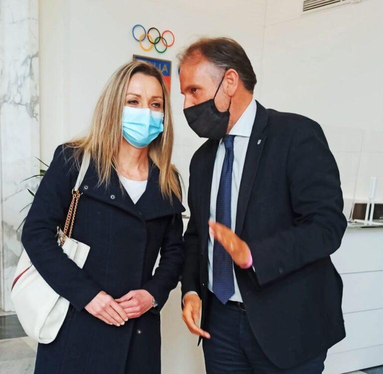 """Sport, l'assessore Liris incontra la Vezzali: """"ristori urgenti"""""""