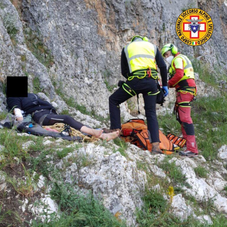 Giovane di Pianella scivola sul Gran Sasso e sviene: salvato dal Soccorso Alpino FOTO