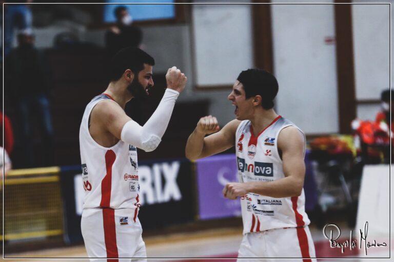 Basket, Teramo porta la serie sul 2-2: mercoledì sfida decisiva