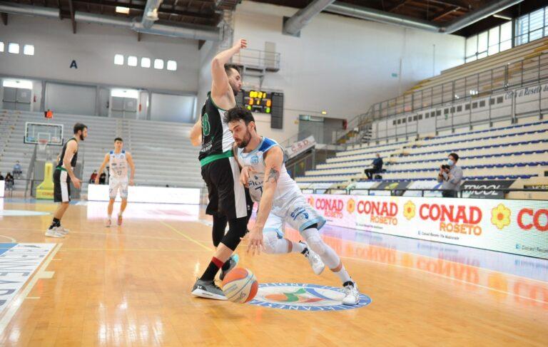 Basket, Roseto la ribalta con un super parziale nel finale: Energia Padova ko