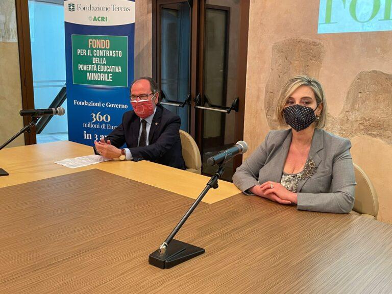 """Teramo, il palco del presepe di Castelli trasloca all'Università: """"Spettacoli all'aperto e drive-in"""" VIDEO"""
