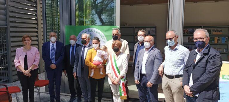 Bandiere verdi: 148 le località premiate. Ad Alba Adriatica la consegne dei vessilli VIDEO