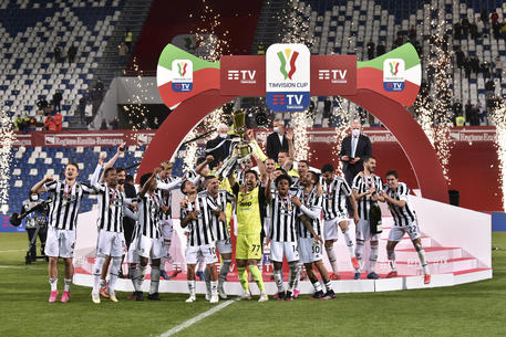 Coppa Italia, i complimenti alla Juve solo dal Pescara Calcio