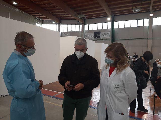 Asl Chieti,  Covid-19: 1° maggio di lavoro per gli operatori della campagna vaccinale