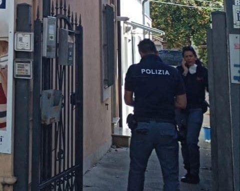 Pescara, accoltellato dopo la lite nel b&b