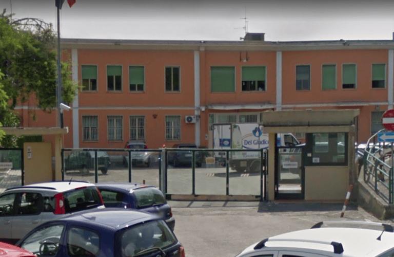 Chieti, agente di custodia aggredito in carcere: finisce in ospedale
