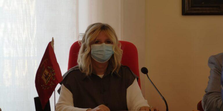 Giulianova, il sindaco presenta Soccorsa Ciliberti nuovo assessore al bilancio. Subentra a Katia Verdecchia NOSTRO SERVIZIO