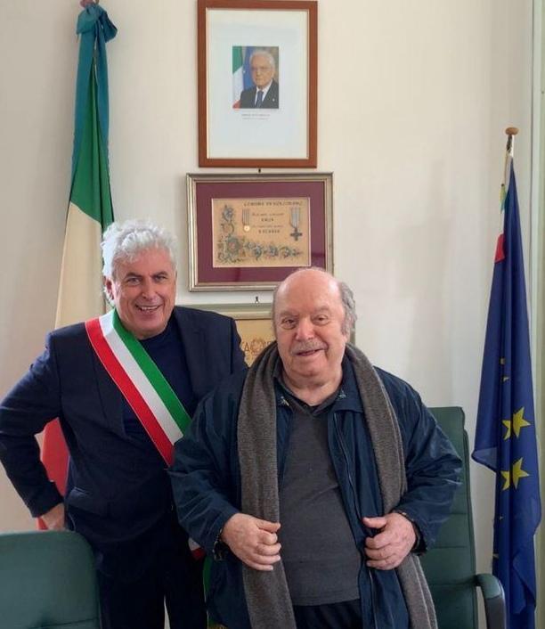 Bolognano conferisce la cittadinanza onoraria a Lino Banfi