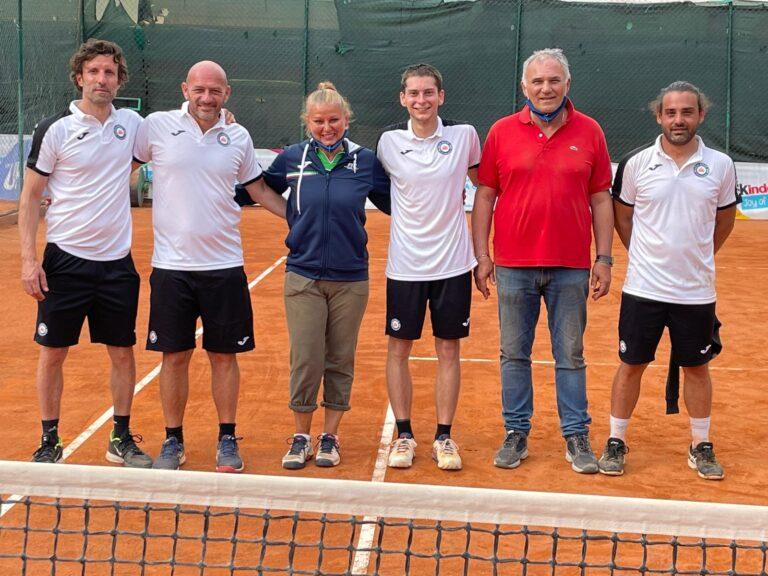 Tennis, il Match Point 2000 di Pescara conquista la serie C