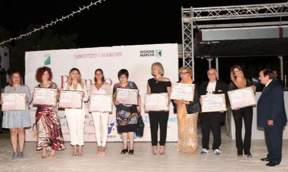 Premio donna dell'anno: tutti i riconoscimenti. C'è anche il sindaco di Civitella