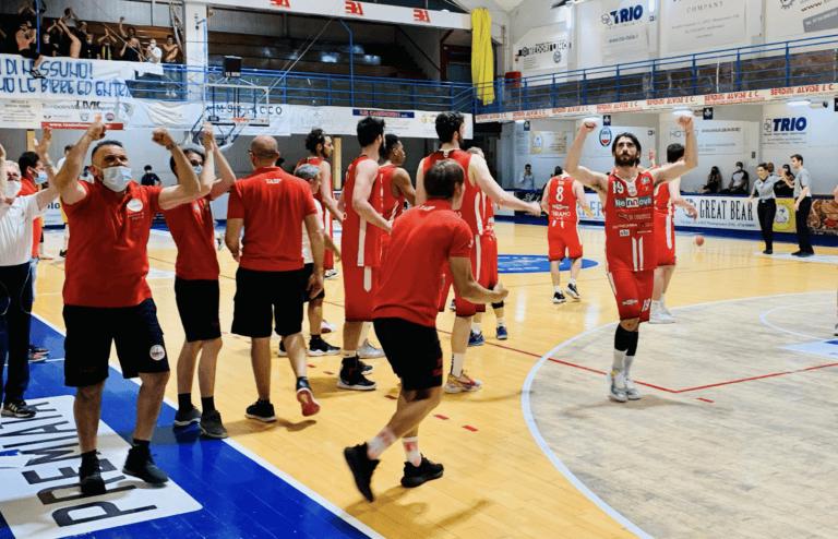 Basket, Rennova Teramo avanti nella serie playout (2-1)