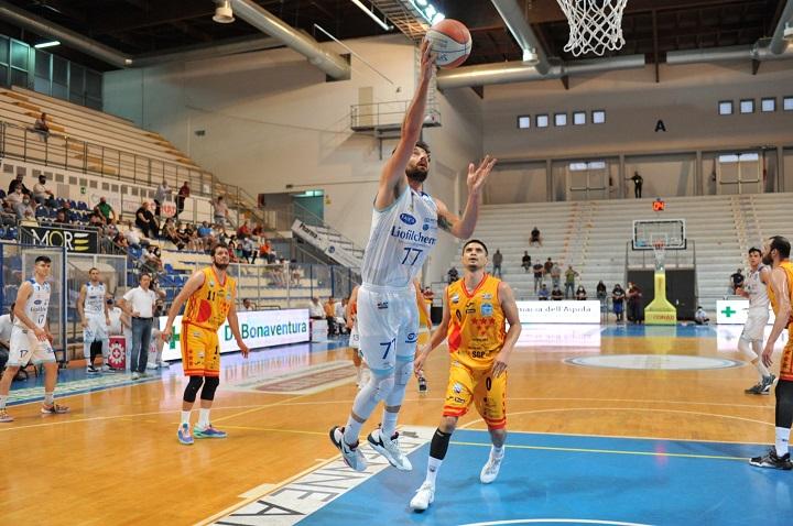Basket, play-off serie B: la Liofilchem Roseto domina Rieti e vola in finale