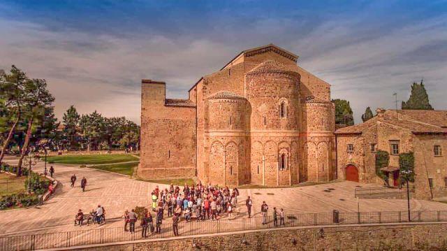 Attive le telecamere nell'area pedonale monumentale di San Giovanni in Venere