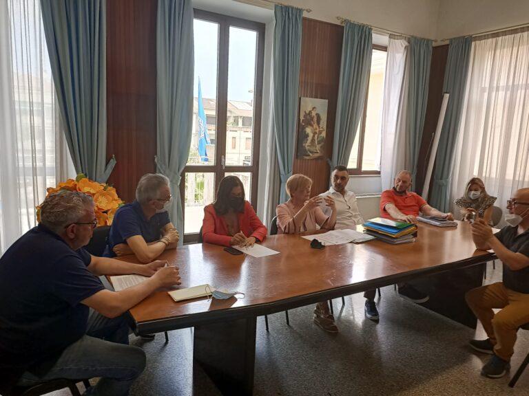 Alba Adriatica, lavori salva-spiaggia. Il sindaco: non serve lo scaricabarile VIDEO