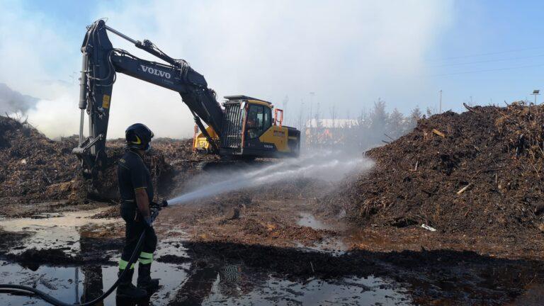 Giulianova, l'incendio alla Green Service: pompieri in azione da 48 ore NOSTRO SERVIZIO