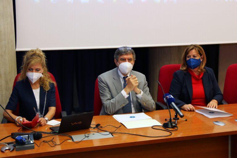Abruzzo a 1000 all'ora: i dati della campagna. Vaccinata metà della popolazione VIDEO