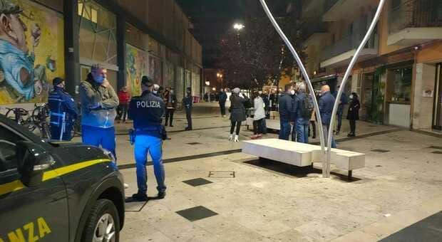 Pescara, oltre 200 controlli nel primo sabato di zona bianca: 3 denunciati