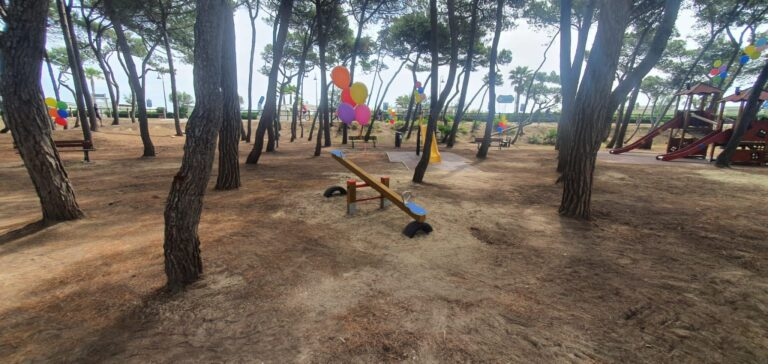 Alba Adriatica, è realtà il nuovo parco giochi della pineta FOTO