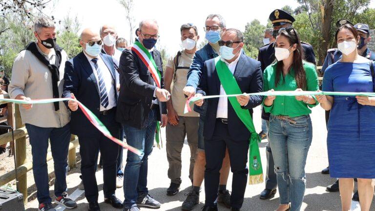 Pineto accoglie la Biciclettata Adriatica e inaugura il nuovo tratto di pista ciclabile FOTO/VIDEO