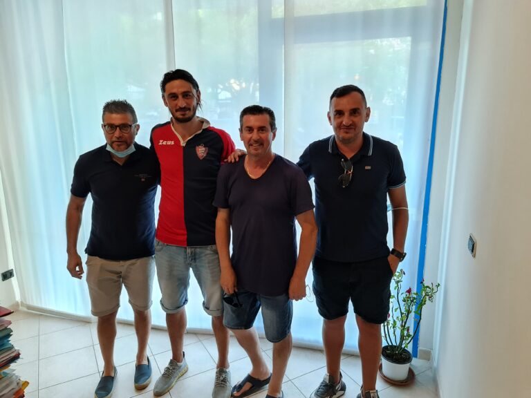 Primo colpo di mercato per l'Asd Silvi calcio: arriva Luca Marrone
