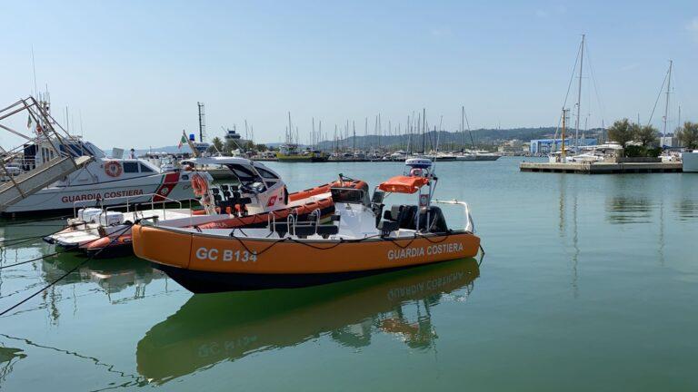 Pescara, un nuovo battello per la Guardia Costiera