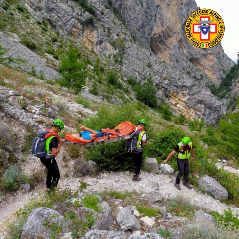 """Incidente a Fara San Martino: elicottero """"bloccato"""" dal vento, intervengono soccorritori da terra"""