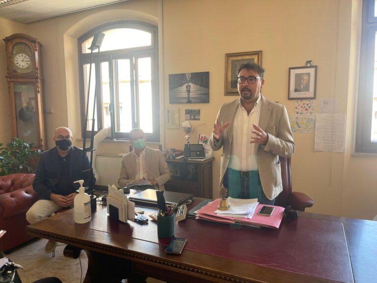 """Teramo, bilancio Ruzzo: """"Gestione che cade sulle tasche dei cittadini"""" VIDEO"""