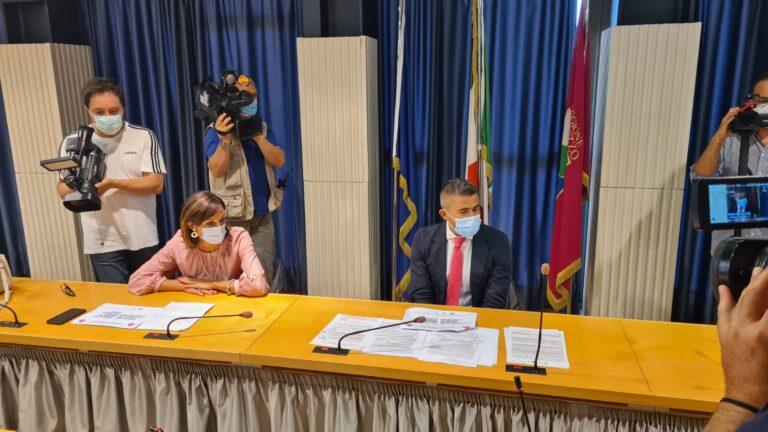 Disegno di legge per promuovere la parità di genere nella retribuzione VIDEO