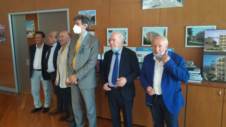 Marco Marsilio incontra alcuni sindaci della Val Vibrata
