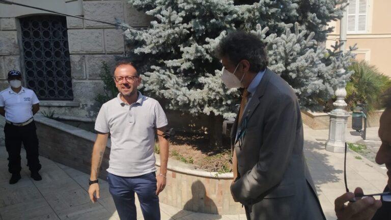 Visita di Marsilio in Val Vibrata. I sindaci al Pd: parole offensive