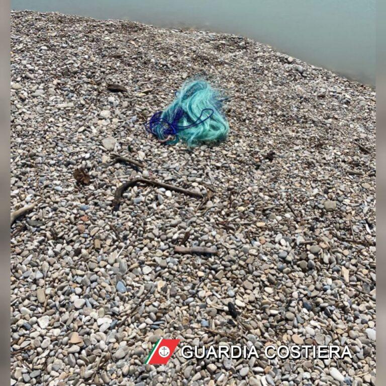 """Pesca con attrezzature """"illegali"""" alla foce del Vomano: scattano multe e sequestri"""