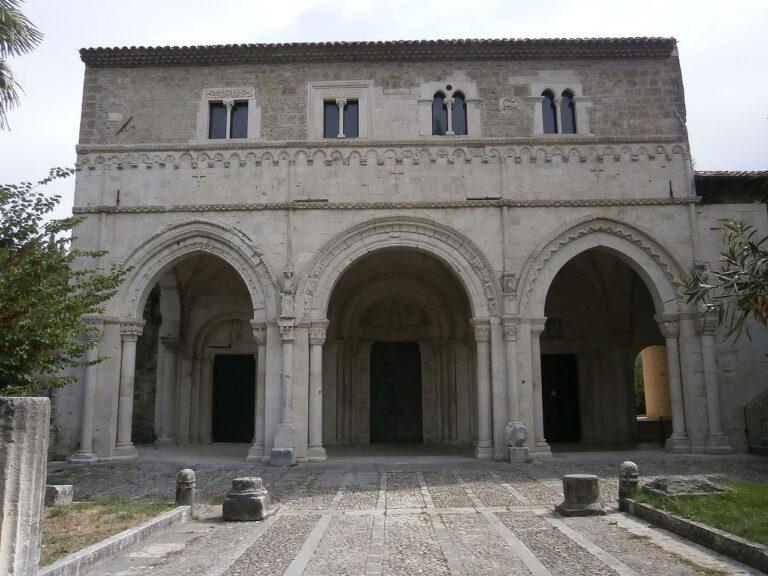 Castiglione a Casauria: 30mila euro per riaprire l'abbazia