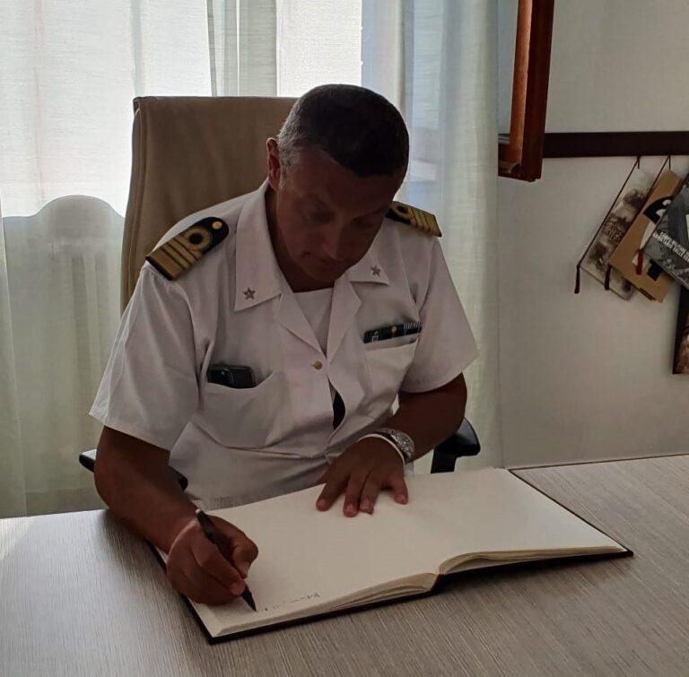 Martinsicuro, il direttore Minervino in visita all'ufficio locale marittimo