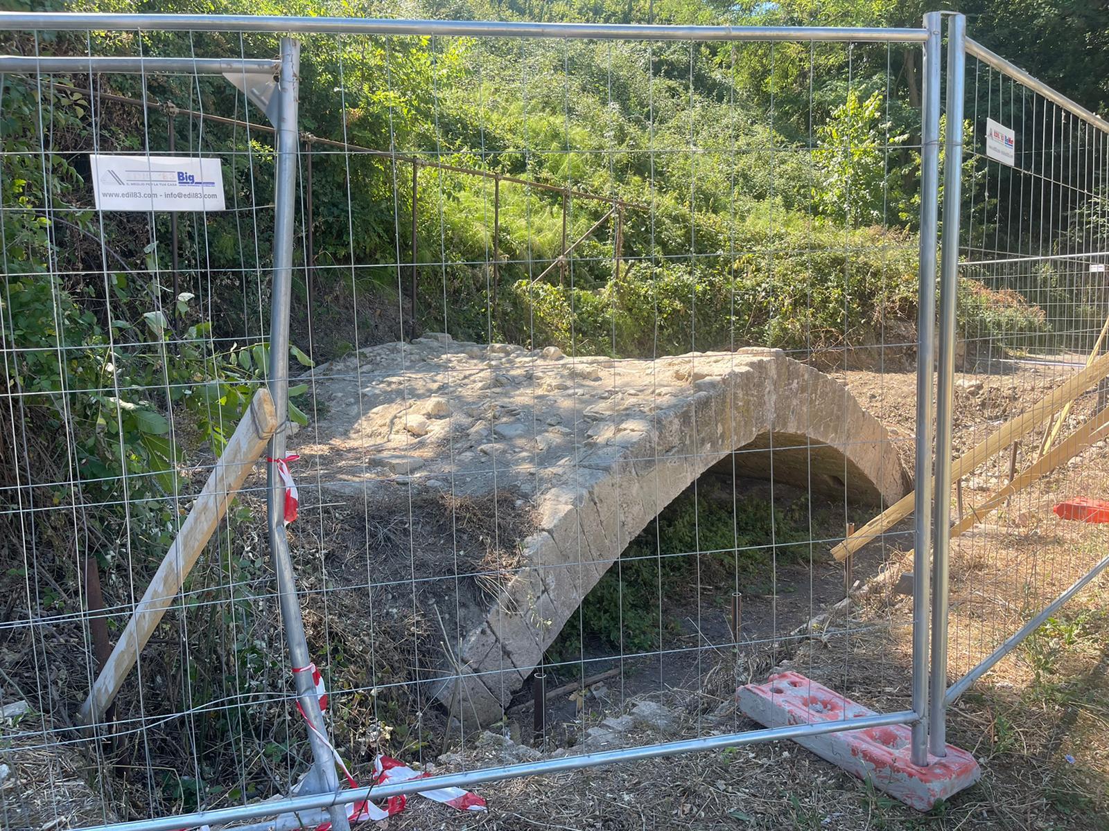 """Teramo, ripulito il Ponte degli impiccati: """"Avanti con la riqualificazione del parco fluviale"""" FOTO VIDEO"""
