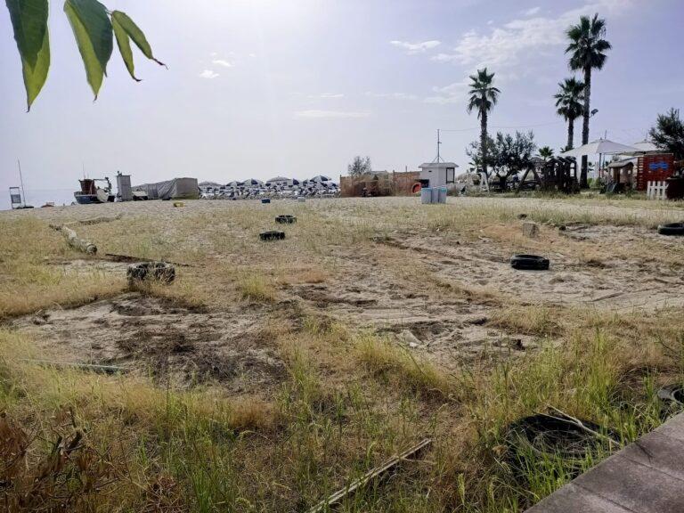 Tortoreto, imbarcazioni abbandonate sul litorale: completata l'attività di rimozione