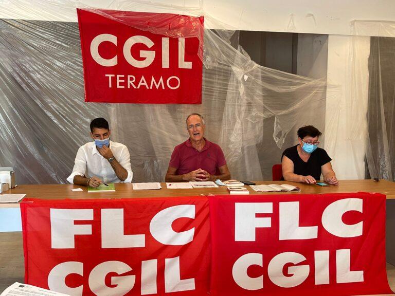 """Teramo, la Flc Cgil: """"Non solo Alessandrini Marino, difficoltà anche al Pascal-Comi-Forti"""""""