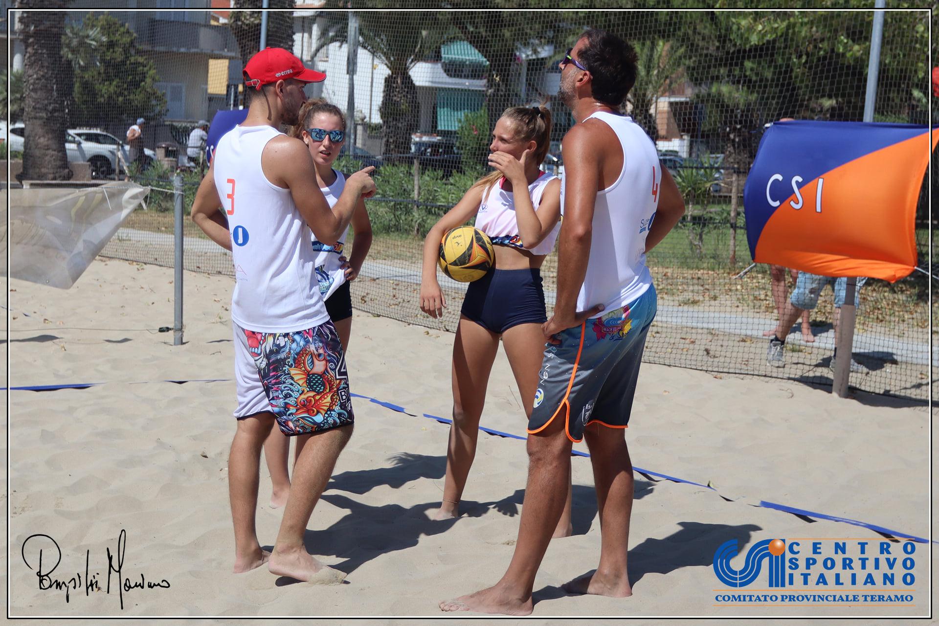 Tortoreto, 44 partecipanti per il torneo Csi beach volley 4x4 FOTO