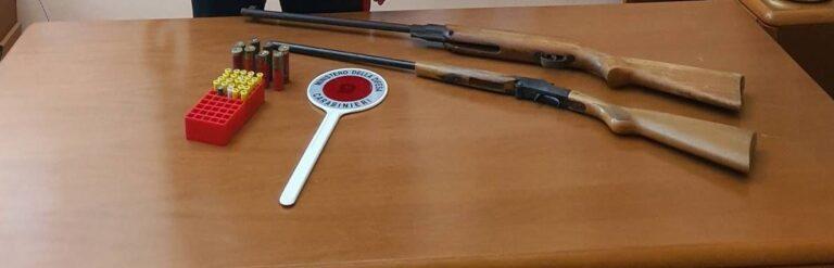 """Bellante, in casa nascondeva fucili e munizioni: il cane dei carabinieri """"fiuta"""" le armi"""