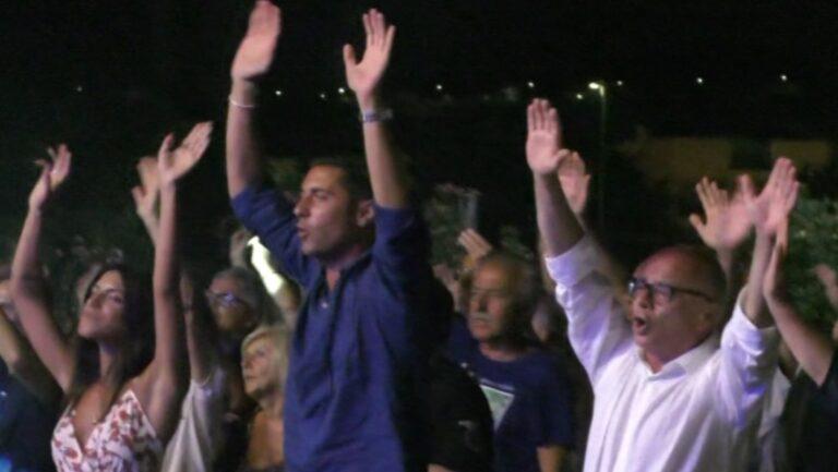 Tortoreto, estate 2021 da record. E I Cugini di Campagna fanno ballare il sindaco Piccioni e l'assessore Ripani NOSTRO SERVIZIO