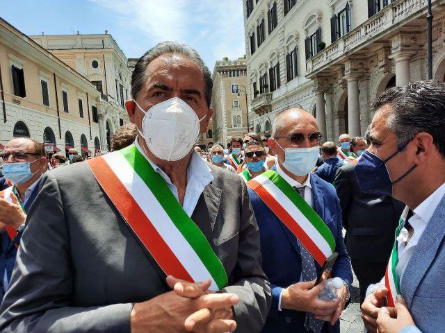 Il sindaco di Fossacesia Di Giuseppantonio confermato vicepresidente del Consiglio Nazionale dell'Anci