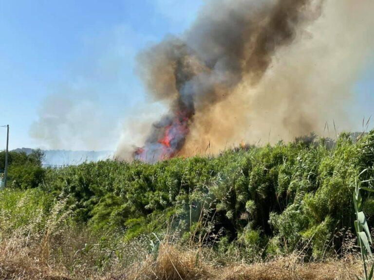 Città Sant'Angelo, nuovo incendio in via Borsellino