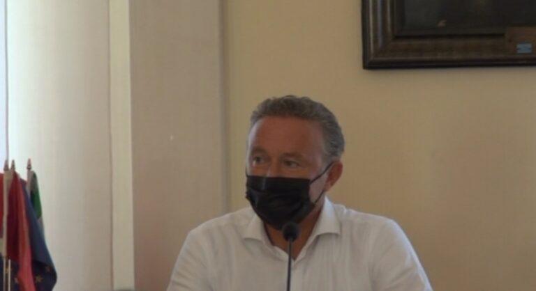 """Giulianova, Enrico Ruggeri e Fred De Palma in concerto al Belvedere. Turismo, città """"sold out"""" sino al 22 agosto NOSTRI SERVIZI"""