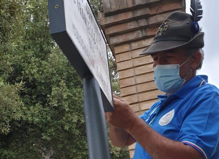 Penne, parco vandalizzato: gli alpini ripuliscono