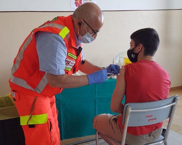 Vaccini covid: continuano le somministrazioni senza prenotazione nel pescarese