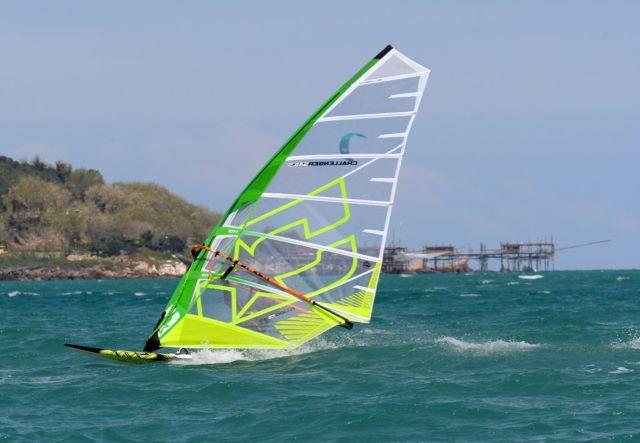 A Fossacesia è tempo di windsurf e kitesurf