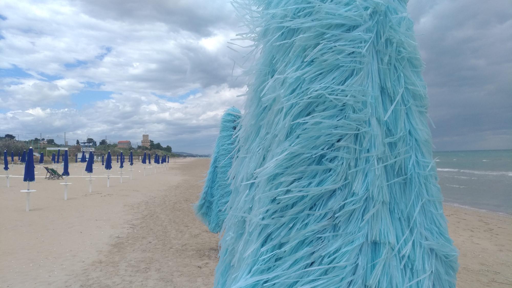 Area Marina Protetta del Cerrano: rifiuti tra le dune